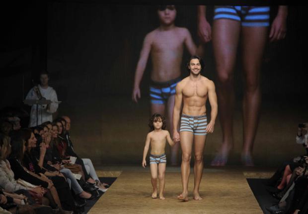 Confira como foi a cobertura do último dia de Iguatemi Serra Fashion Outono/ Inverno 2011  Juan Barbosa/