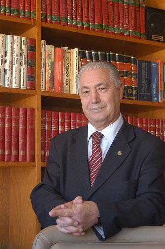 Morre o ex-prefeito de Caxias do Sul Mario David Vanin Roni Rigon/