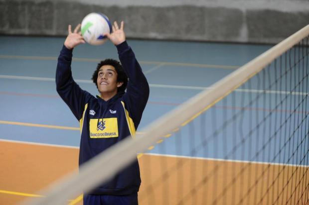 Campeão sul-americano, levantador caxiense Fernando Gil Kreling volta da seleção Maicon Damasceno/