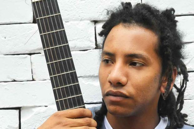 Juliano Moreira lança primeiro disco neste domingo, em Caxias Maurício Concatto, divulgação/