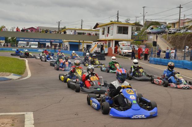 Regional de Kart reúne 55 pilotos em Farroupilha Idalicio Umpierre, divulgação /