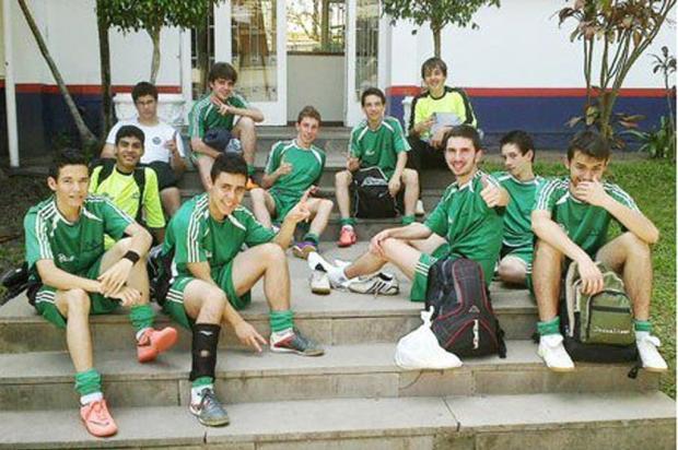 Escola Maranhão, de São Marcos, é campeã no futsal juvenil dos Jergs Divulgação /