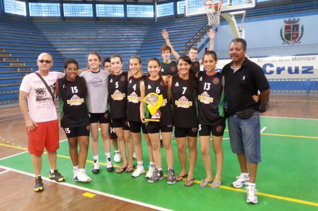 Escola Estadual Galópolis ganha os Jergs na categoria juvenil feminina arquivo de Thais Matté/