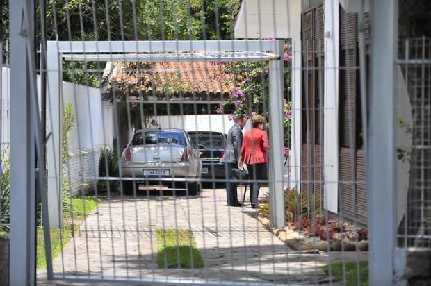 Dilma desembarcou em Canoas e se dirigiu para a casa do ex-marido Carlos Macedo/Agencia RBS