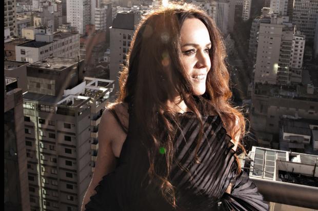 Nesta terça, a mezzo-soprano Daniela De Carli lança seu primeiro CD, em Caxias Debby Gram/ Divulgação/