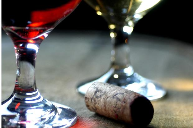 Casal aplica golpes para roubar vinho no interior de Flores da Cunha e Farroupilha  Ricardo Wolffenbüttel/Agência RBS