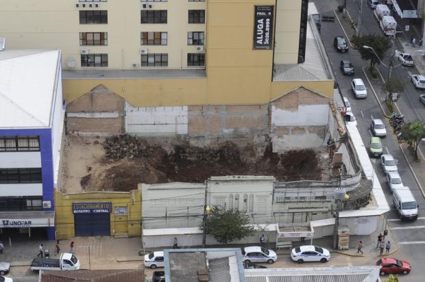 Fachada da antiga Garagem Modelo, em Caxias do Sul, não será reconstruída Roni Rigon, Banco de Dados, Agência RBS/