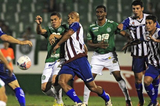 Caxias acaba com a invencibilidade do Guarani, vence por 1 a 0, e encerra o sábado na liderança do Grupo B da Série C Rodrigo Villalba/Futura Press