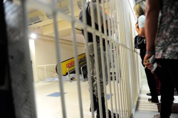 Jovem é morto dentro de hipermercado em Caxias do Sul Porthus Junior / Agência RBS/
