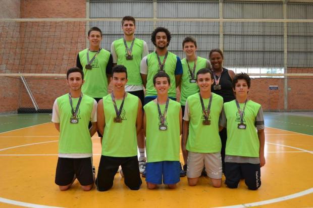 Escola Madre Imilda é campeã no vôlei masculino juvenil Daniel Rodrigues/Divulgação