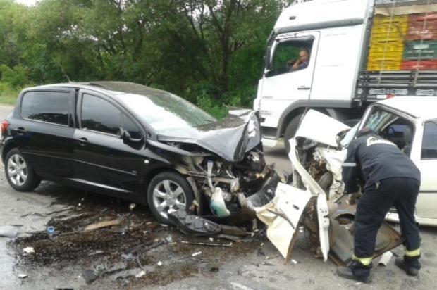 Acidente envolvendo três veículos deixa quatro feridos na RSC-453, em Garibaldi Cristian Lima/divulgação