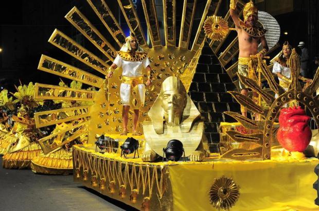 Escola 'Mancha Verde' é a campeã do Carnaval de rua de Caxias do Sul Roni Rigon/Agencia RBS