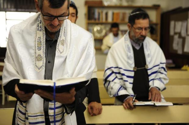 Top Comunidade de Judeus em Caxias do Sul comemora Páscoa nesta terça  XG43