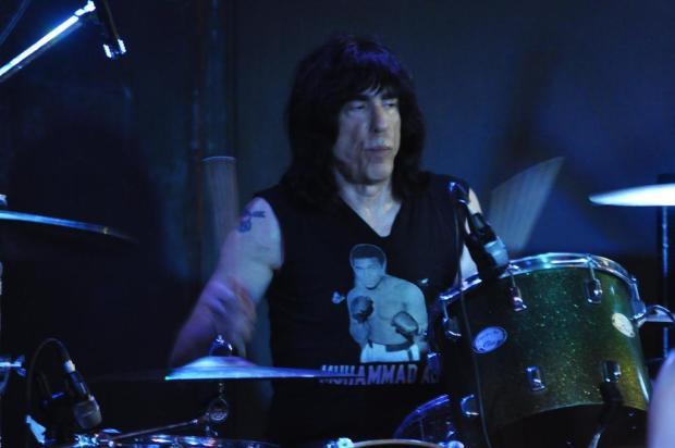 Marky Ramone empolga público de Caxias com repertório de 37 canções Gabriel Lain/Especial