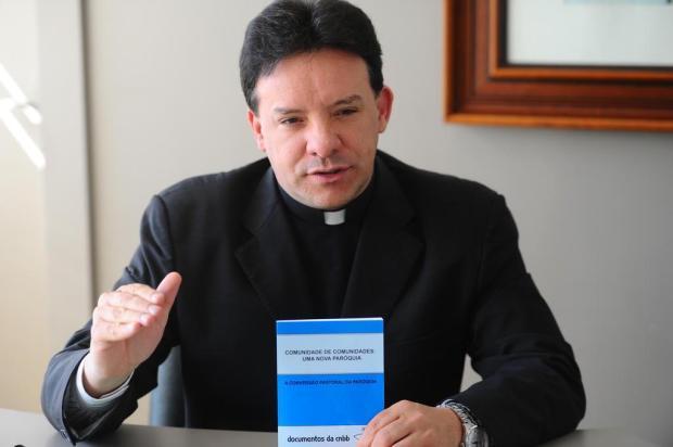 """""""As festas de Igreja não poderão ter mais bebida de álcool"""", avisa padre Leomar Brustolin Jonas Ramos/Agencia RBS"""