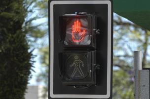 Ladrões furtam semáforos da área central de Caxias e prejuízo já chega a R$3,6 mil (Roni Rigon/Agencia RBS)