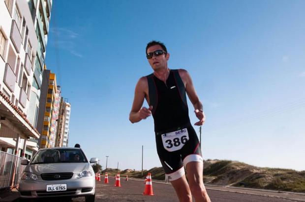 Caxienses comemoram resultados no Estadual de Duatlo Danivist Running/Divulgação