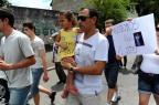 Familiares e amigos de segurança morto no Clube Avenida fazem protesto no centro de Caxias (Jonas Ramos/Agencia RBS)
