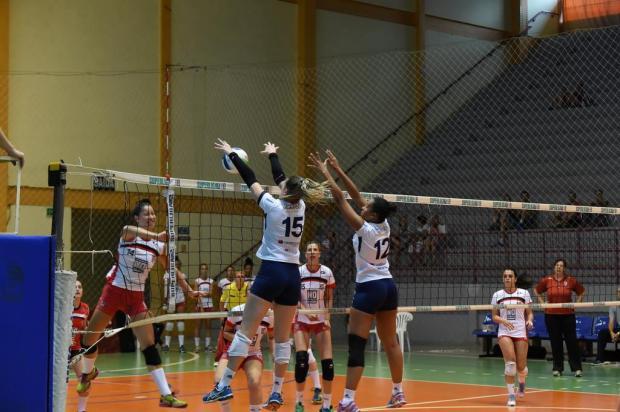 Bento Vôlei faz 3 a 0 na Sogipa e larga na frente na final do Estadual adulto feminino Enio Bianchetti/Divulgação