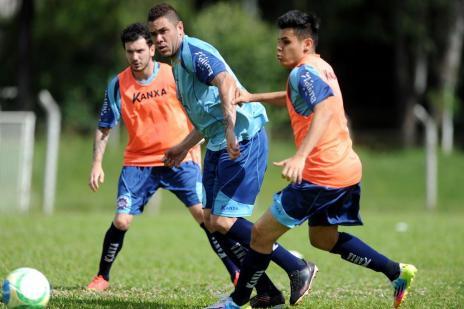 Com reforços e jogadores que voltam de lesão, Caxias de Paulo Turra tem primeiro teste nesta quarta (Felipe Nyland/Agencia RBS)