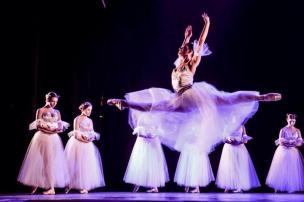 Gala Dora Ballet será este domingo, em Caxias (Cláudio Etges/Divulgação)