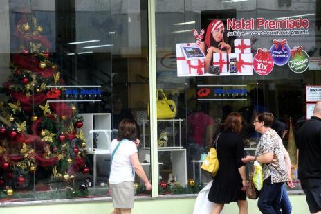Pagamento do 13º e férias coletivas devem movimentar lojas de Caxias (Roni Rigon/Agencia RBS)
