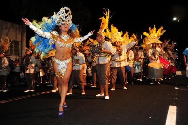 Representantes do carnaval de rua de Caxias afirmam que agremiações precisam refletir sobre futuro do evento na cidade Roni Rigon/Agencia RBS