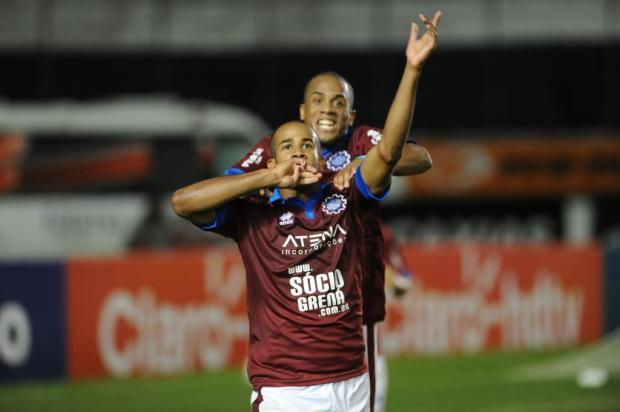 Com direito a golaço de Patrick, Caxias derrota o Aimoré e se recupera no Gauchão Jonas Ramos/Agencia RBS