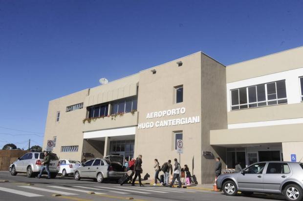 Obra no estacionamento do aeroporto de Caxias deve ser retomada na próxima semana Roni Rigon/Agencia RBS
