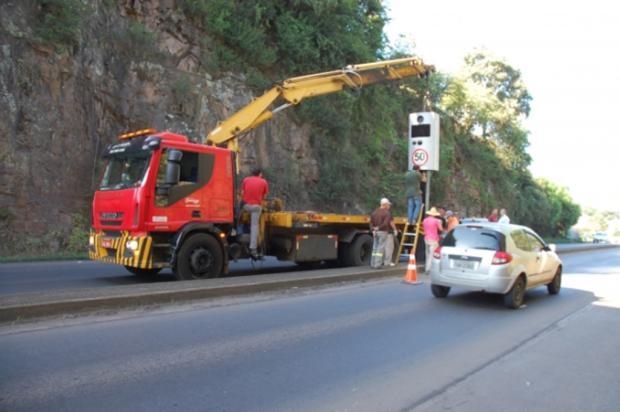 DNIT instala controladores de velocidade na BR-470, na Serra  Fernando Santos/Divulgação/
