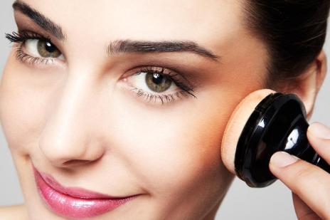 Saiba quais os cuidados que você deve tomar ao comprar e usar cosméticos (Danilo Apoena/Natura,Divulgação)
