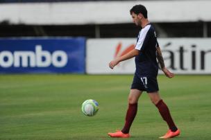 Meia Clayton pede para sair e não é mais jogador do Caxias Felipe Nyland/Agencia RBS