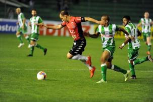 Em jogo de cinco gols, Juventude  leva virada do Brasil-Pel no Alfredo Jaconi Felipe Nyland/Agencia RBS