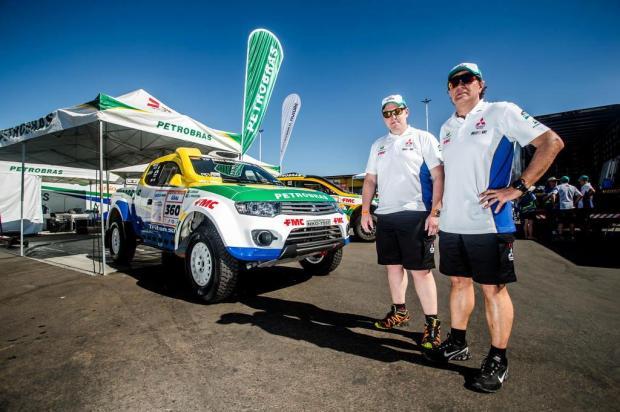 Gaúchos João Franciosi e Rafael Capoani são tricampeões da categoria protótipos do Rally dos Sertões Ricardo Leizer/Divulgação,Mitsubishi