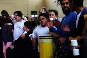 Grupo de percussão da Apae se apresenta no último dia de Festival Especial, em Caxias  Jonas Ramos/Agência RBS/