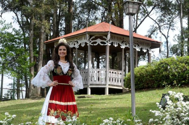 Rainha da Festa da Uva Giovana Crosa se despede da comunidade com saudades Jonas Ramos/Agencia RBS