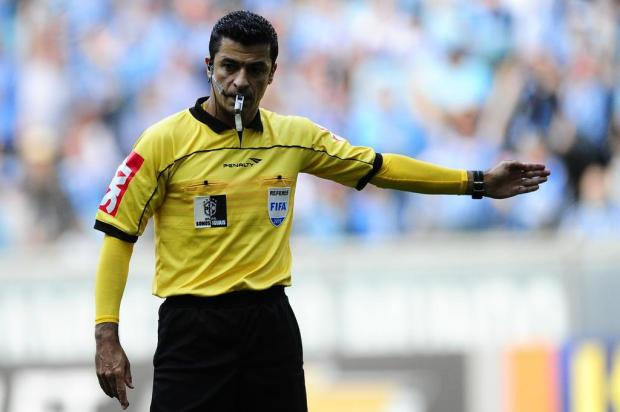 Luiz Zini Pires  quanto recebe um árbitro Fifa no Brasil Diego Vara Agencia  RBS 71291b550464d