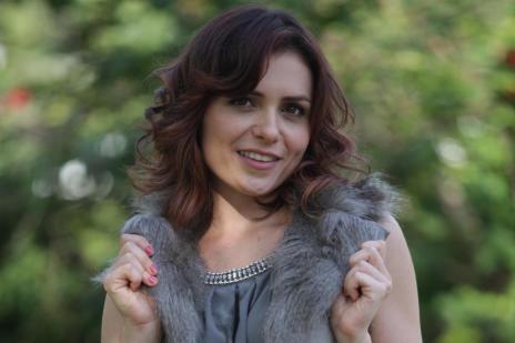 Monica Iozzi é alvo de mensagens apaixonadas enviadas à TV Globo (Pedro Curi/TV Globo/Divulgação)