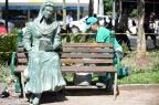 Escultura da musa inspiradora de Dante Alighieri é instalada na praça, em Caxias Felipe Nyland/Agencia RBS