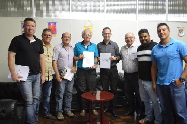 Novo clube de futebol profissional, Apafut Flores da Cunha vai disputar a Terceirona Gaúcha em 2016 Gabriela Fiorio/Prefeitura de Flores da Cunha