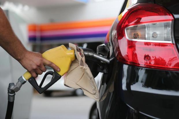 Preço da gasolina em queda nas bombas de Caxias do Sul Cristiano Estrela/Agencia RBS
