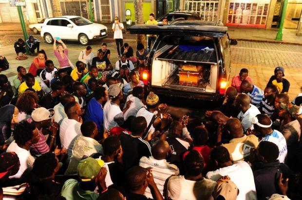 Senegaleses protestam em Caxias contra a insegurança Jonas Ramos/Agencia RBS