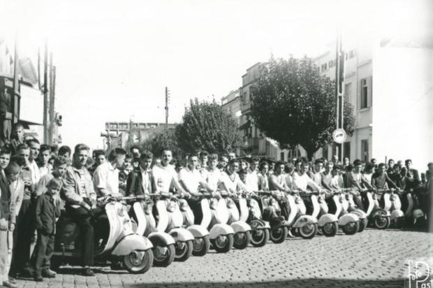 Memória: uma gincana de lambretas em 1959 Ary Pastori/Acervo pessoal de Hugo Cantergiani,divulgação