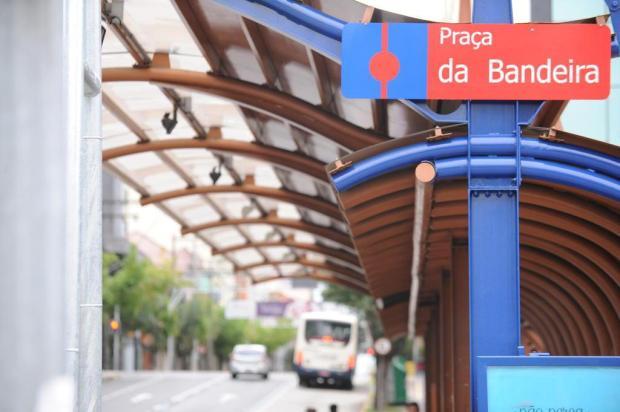 Terminais de ônibus do centro de Caxias passarão por limpeza, pintura e instalação de novas lâmpadas Felipe Nyland/Agencia RBS