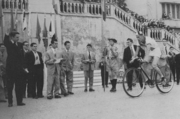 Memória: o adeus ao ídolo do ciclismo Charles Lamb Studio Tomazoni Caxias, acervo pessoal de Charles Lamb/ Divulgação/