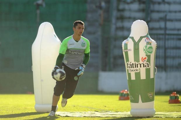 Com Douglas no gol e outras oito mudanças, Juventude está encaminhado para enfrentar o Grêmio Diogo Sallaberry/Agencia RBS