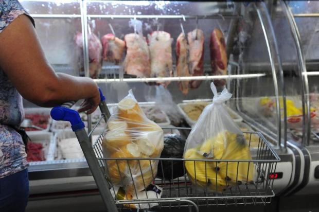 Nova norma em Caxias permite que mercados processem e vendam a carne no mesmo estabelecimento Roni Rigon/Agencia RBS