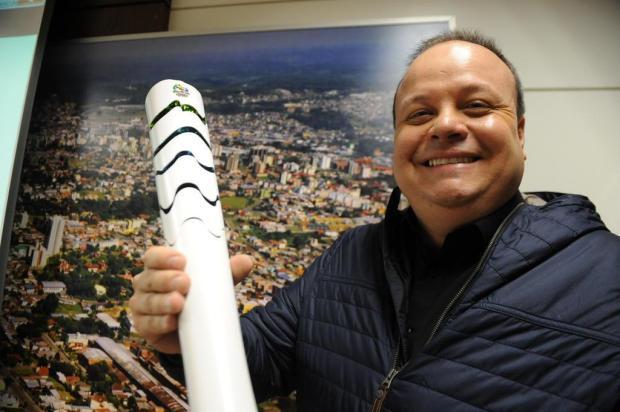 Ex-atleta olímpico, Jean Labatut é um dos destaques entre os condutores da tocha em Caxias Jonas Ramos/Agencia RBS