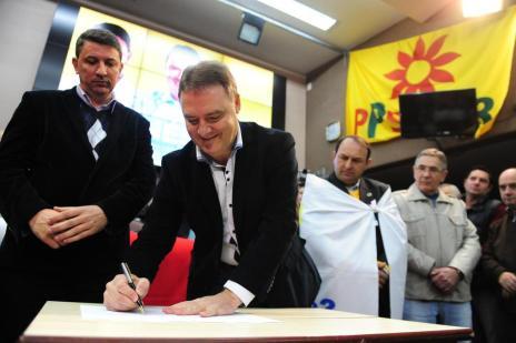 Néspolo e Feldmann são oficializados pré-candidatos em Caxias do Sul (Roni Rigon/Agencia RBS)