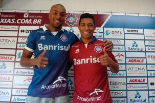 Goleiro Lúcio e meia Tinga são apresentados pelo Caxias e ficam como opções neste domingo Rafael Tomé / Divulgação/Divulgação